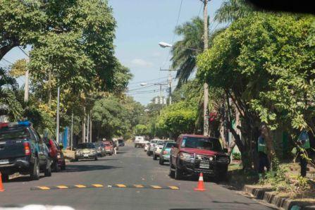 Policia Vigilan zona del rep. San Juan   .